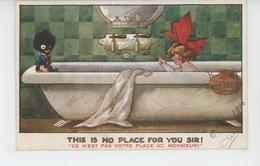 """Illustrateur FRED SPURGIN - GUERRE 1914-18 - Jolie Carte Fantaisie Fillette Et Enfant Noir Dans Baignoire """"This Is No... - Spurgin, Fred"""
