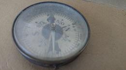 Boussole Ancienne De Collection - Technics & Instruments