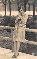 "3965 ""RAGAZZA ANNI '30""ANIMATA  CARTOLINA  POS. ORIG. SPED.1931 - Moda"