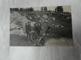 CPA Frontiere Franco-Suisse - La DOUANE - Départ Pour L' Embuscade ° Cliché Simon édit. Maiche Ornans * Douaniers - France
