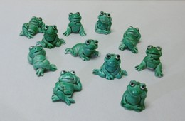 11 Miniatures De GRENOUILLES En Plastique - Bibelot Animaux Grenouille - Animaux