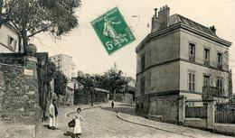 75  PARIS 18e AR   MONTMARTRE LA RUE  RAVIGNAN - Arrondissement: 18
