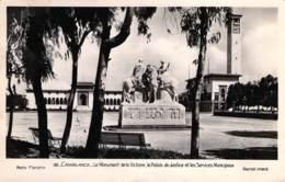 Casablanca - Le Monument De La Victoire, Le Palais De Justice Et Les Services Municipaux. - Circulée En 1951 - Casablanca