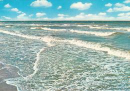 BELGIUM - Beach Scene 1980 - Oostende