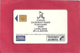 F 84  . ENFANCE ET PARTAGE . Garcon   - COTE 100 € - France