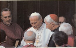 Postcard Greeting The Pope At Westminster Close Up Portrait May 1982 John Paul Ll Catholic Religion My Ref  B13306 - Popes