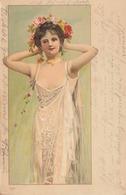Junge Hübsche Frau In Seidigen Kleid, Offenen Dekoltee Und Blumen Haarschmuck, Sehr Schöne Jugenstilkarte Um 1905 - Frauen