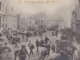 Foto Deutsche Truppen Auf Dem Marktplatz Von Ham - Pressefoto - 1. WK - 16*12 Cm (41500) - War, Military