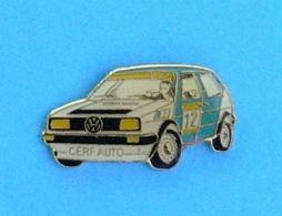 1 PIN'S  //  ** RALLYE / VOLKSWAGEN  GOLF GTI  N°12 / CERF AUTO  ** - Volkswagen