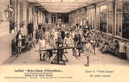 Institut Notre-Dame D'Alsemberg - Dans La Petite Suisse - Un Préau Couvert (top Animatie) - Beersel