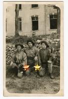 Jeune Homme Man Militaire Rppc Superbe Carte Photo Chasseur Alpin ? à Identifier 20s 30s Trio Clairon Béret COL ST JEAN - Guerra, Militari