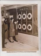 PICCADILLY CIRCUS LONDON UNDERGROUND STATION   RAILWAYS  24*19 CM Fonds Victor FORBIN 1864-1947 - Trenes