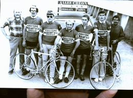CREON BORDEAUX PARIS    ET SES ENVIRONS  COURSE CYCLISTE       PHOTO ANNEES  70 /80 / 90 - France