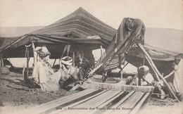 CPA - Fabrication De Tapis Dans Un Douar  - 059 - Maroc