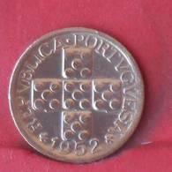 PORTUGAL 10 CENTAVOS 1952 -    KM# 585 - (Nº29040) - Portugal