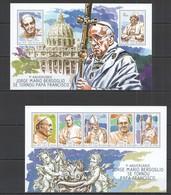 ST1177 2014 GUINE GUINEA-BISSAU 1TH ANNIVERARY BERGOGLIO BECAME POPE FRANCIS KB+BL MNH - Popes