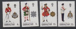 Gibraltar 1975 Uniforms 4v  ** Mnh (42901D) - Gibraltar