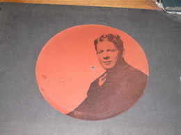 DISQUE SUR CARTON 78 T - RUDY VALLEE SINGS HOME - 78 Rpm - Gramophone Records