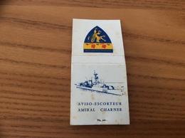 "Pochette D'allumettes SEITA ""AVISO-ESCORTEUR AMIRAL CHARNER F727"" (Marine, Bateau, Blason) - Boites D'allumettes"