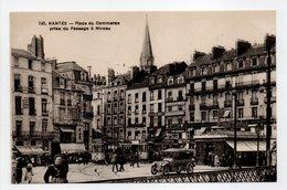 - CPA NANTES (44) - Place Du Commerce Prise Du Passage à Niveau (belle Animation) - Edition Chapeau 345 - - Nantes