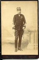 PHOTO CABINET CHEF DE BATAILLON HEIMBURGER 17ème BATAILLON DE CHASSEURS VERS 1890 - Guerre, Militaire