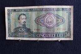 32 /  Banca Nationala A Republich Socialiste Romania, 50 Lei  / N° 017130 - Roumanie
