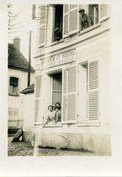 78 - NEAUPHLE LE CHATEAU - Carte Photo De La Maison De Mr Et Mme HOUCHU Léon - Neauphle Le Chateau