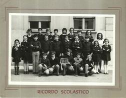 """3979 """"RICORDO SCOLASTICO -V-D -  LUOGO ED ANNO IMPRECISATI"""" FOTO ORIGINALE - Persone Identificate"""