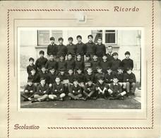 """3986 """"RICORDO SCOLASTICO CLASSE V-D-LUOGO E DATA SCONOSCIUTI"""" FOTO ORIG. - Persone Anonimi"""