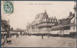 Troyes , Place Des Anciennes Boucheries , Pli Coin Haut Droit  , Animée - Troyes