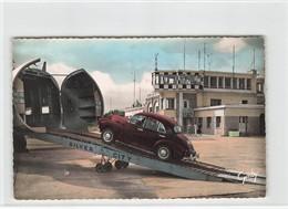Aviation Avion Aerodrome Aeroport Le Touquet Paris Plage Embarquement D' Une Voiture Dans Un Silver City CPSM PF - Aerodrome