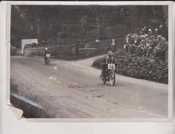 ISLE OF MAN JUNIOR TOURIST TROPHY RACE MOTORCYCLE ERIC WILLIAMS DCM KIRK BRADDON 20*15 CM Fonds Victor FORBIN 1864-1947 - Cars
