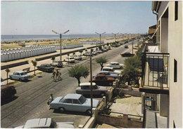 11. Gf. PORT-LA-NOUVELLE. Le Boulevard Front De Mer, Les Cabanons Et Sa Très Belle Plage De Sable Fin. 25673 - Port La Nouvelle