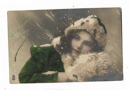 Trés  Belle  Petite  Fille , Neige - Portraits