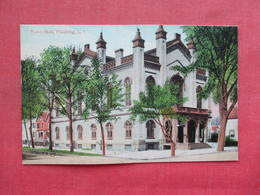 Town Hall  Flushing New York > Long Island  Paper Residue On Back From Album   Ref 3390 - Long Island