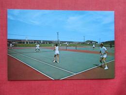 Tennis Courts  Sound Shore Resort Motel  Greenport New York > Long Island      Ref 3390 - Long Island