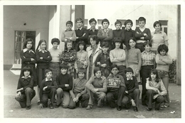 """4005 """"RICORDO SCOLASTICO-CLASSE I-B- 1975-76 - LUOGO SCONOSCIUTO"""" FOTO ORIG. - Persone Identificate"""