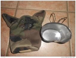 QUART 1997 ( Neuf )  +  Sacoche Protection  Tissu Camouflage 1998   - Voir Les Photos - Equipement