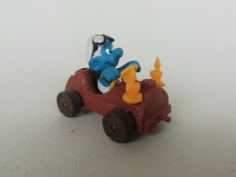 Schtroumpf En Voiture, Jouet Vintage - Figurines