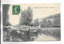 77 -  MORET ( S.-et-M. ) - Péniche Sur Le Canal - Moret Sur Loing