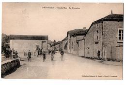 BEURVILLE GRANDE RUE LA FONTAINE  TRES ANIMEE - France
