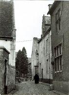 Leuven Groot Begijnhof - Begijntje Op Wandel - Leuven