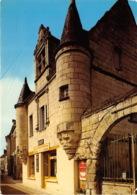 Chouze-sur-Loire - Vieille Maison à Tourelles - France