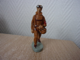 Nazi Aviator - WW Militaria German Brown Uniforms - Old Elastolin, LINEOL - Militaires