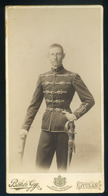 GYULA 1900. Ca. Békés Gyula : Katona Portré, Szép Cabinet Fotó - Foto's