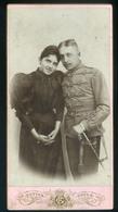 TOLNA 1894. Futter Gyula : Katona Férfi és Párja, Szép Cabinet Fotó,hátoldali Ajánlással - Foto's