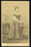 PEST 1867. Klösz György : Ismeretlen Hölgy Visit Fotó , Ritka Verso - Foto's