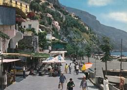 POSITANO-SALERNO-PANORAMA E SPIAGGIA-CARTOLINA VIAGGIATA IL 2-9-1972 - Salerno