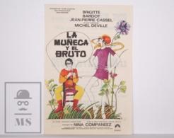 Original 1970 L'Ours Et La Poupée Cinema / Movie Advt Leaflet - Brigitte Bardot, Jean-Pierre Cassel, Daniel Ceccaldi - Cinema Advertisement