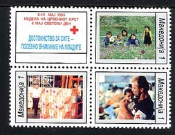 MACEDOINE 1994, Bienfaisance, Croix-Rouge, Enfants, Colis, Homme Et Enfant, 4 Valeurs Se-tenant, Neufs / Mint. R690 - Macédoine